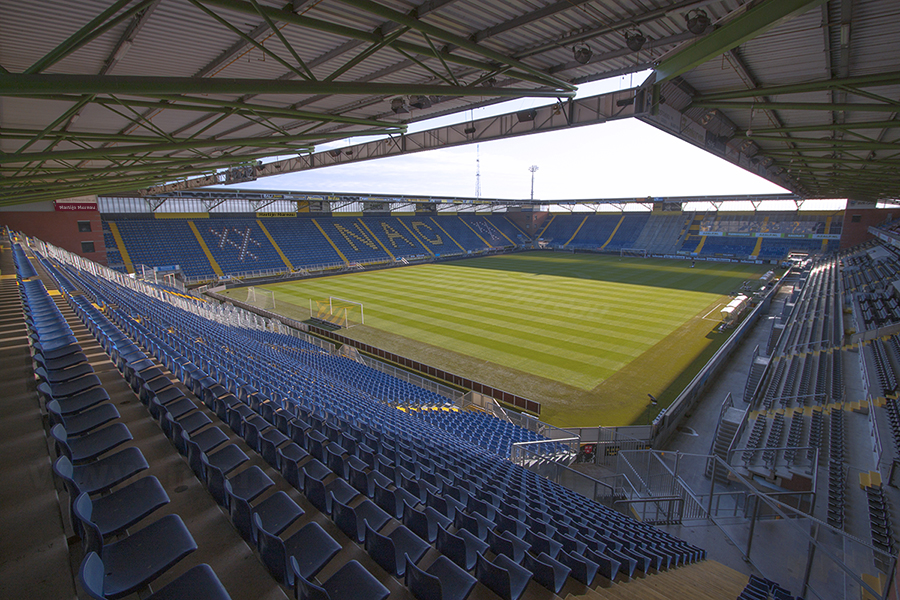 20131027_Rat_Verlegh_Stadion